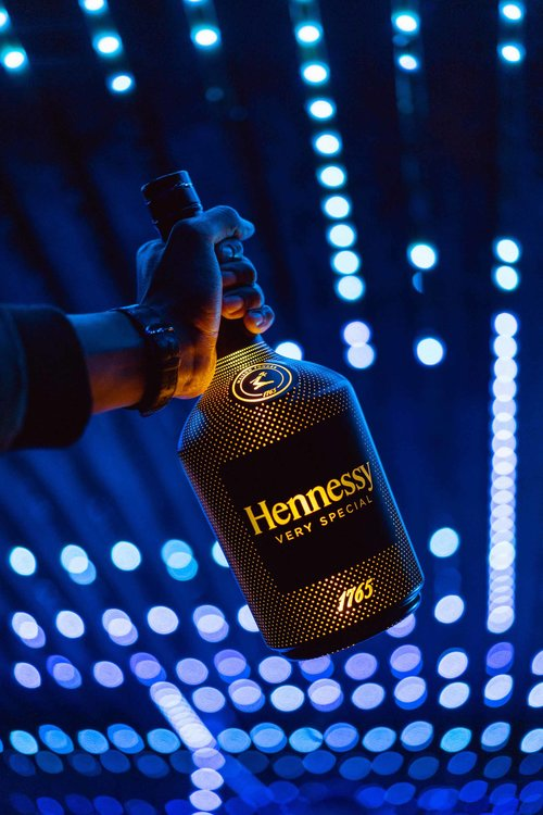 A production of lifestyle and nightlife visuals and still life photos for Hennessy, shot in Johannesburg, South Africa, by local creative talents